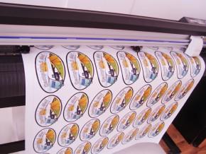 Autocolant Etichete Printat si Decupat la Cutter