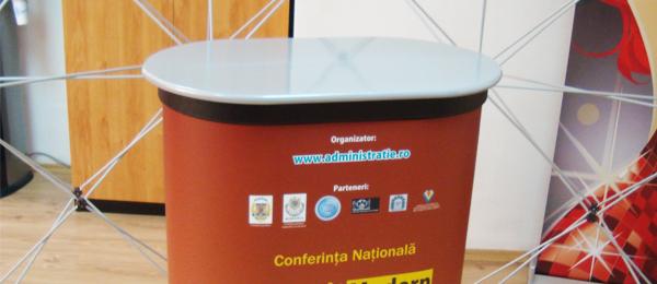 Desk Expozitional Popup – Conferinta