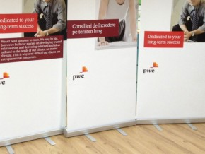 Rollup Banner – PWC